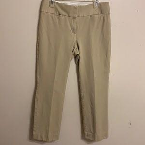 SALE 3/$20 Ann Taylor LOFT Julie straight pants. Size 8